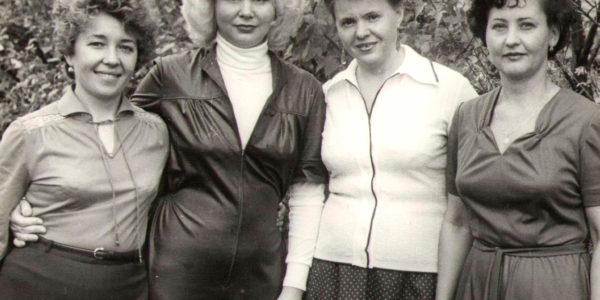 Медсестры Богданова Н.В., Рубцова А.П., Слива Т.М., 1982 год
